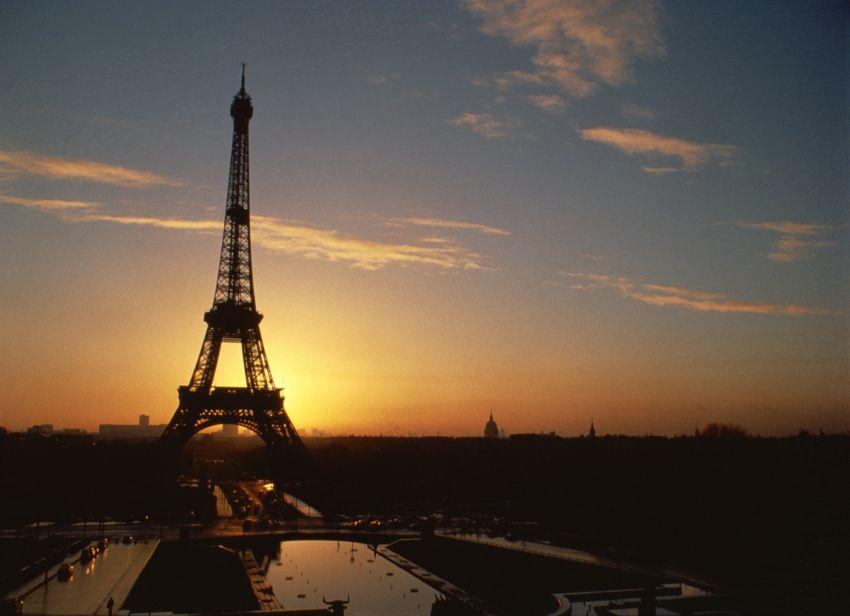 Last-minute-Reisen zum EM-Finale zwischen Portugal und Frankreich in Paris